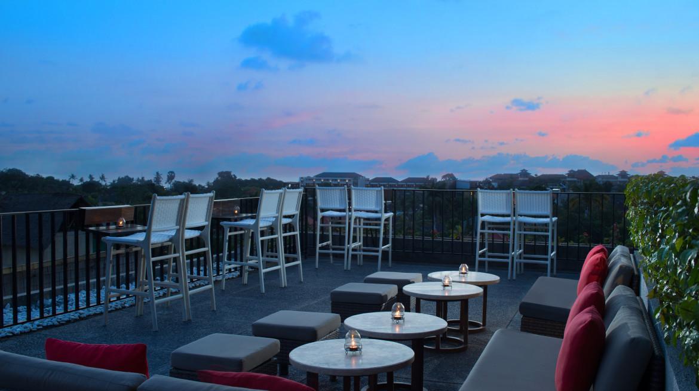 Rooftop Bar 2