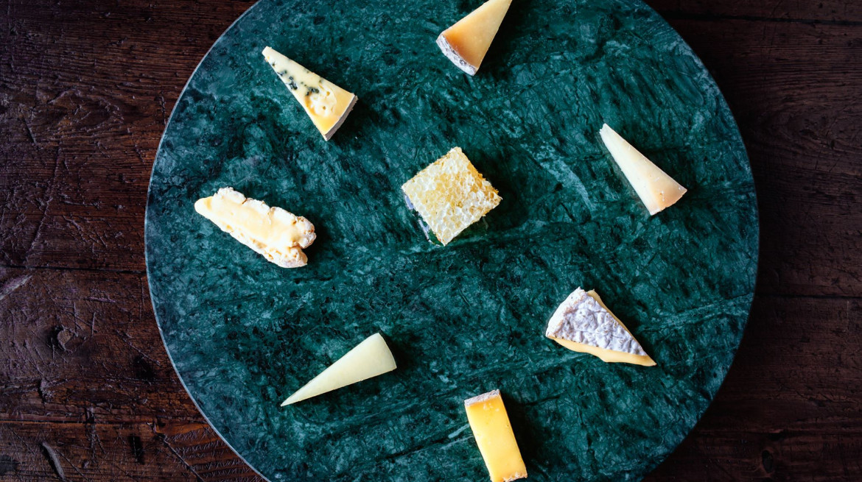 lodge bar cheese