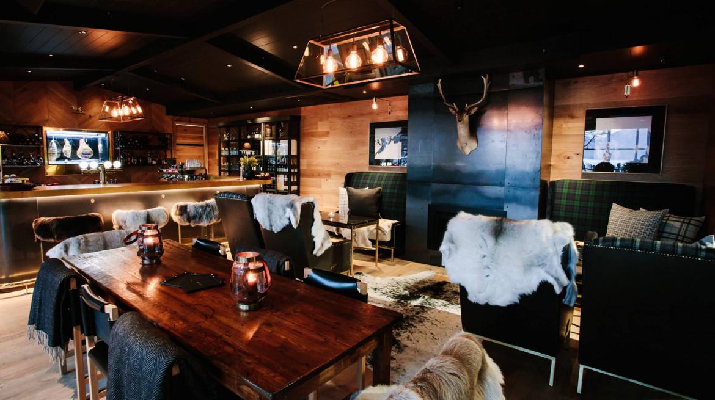lodge bar interior