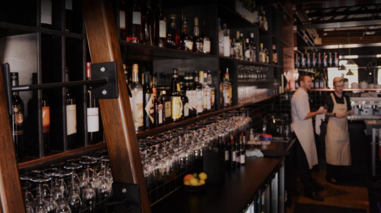 publishers hotel bar