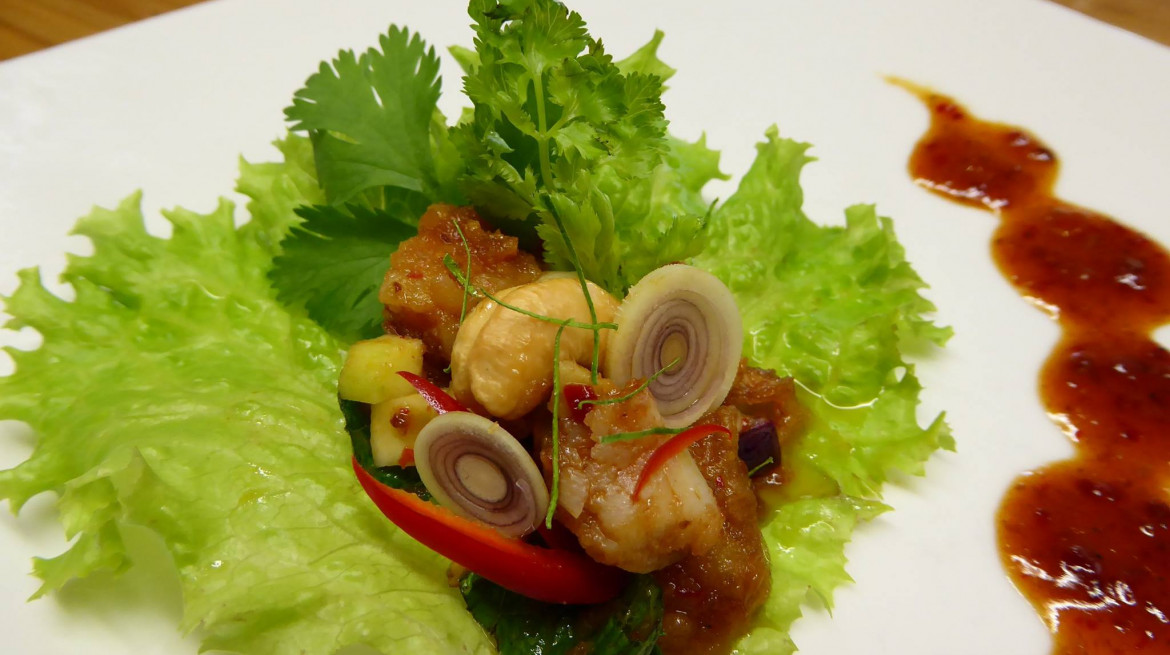 tanapa thai fish salad