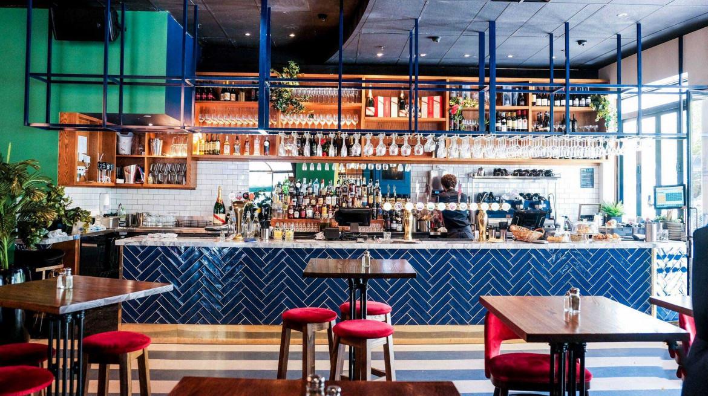 dilingers bar