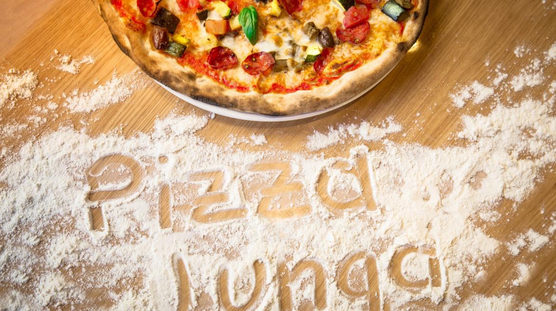 Pizza Lunga da Carlo 18