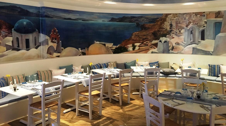 restaurant floor set