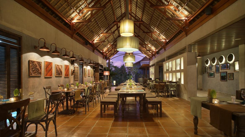 Petani Restaurant Interior 1
