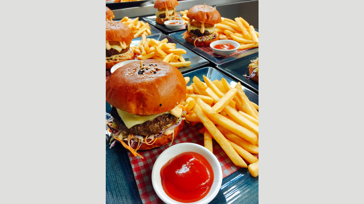 Beef burger for a group
