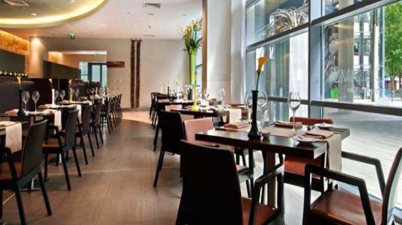 cinnamon restaurant bar hilton canary wharf london photos
