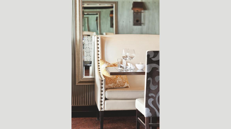 Portrait Lombardi Chair2