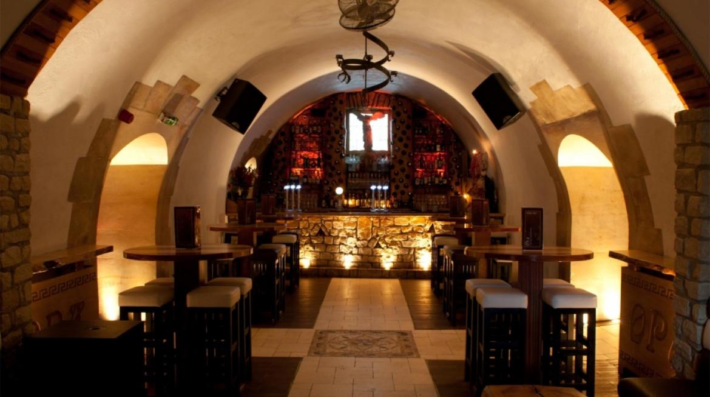 bar area high tables
