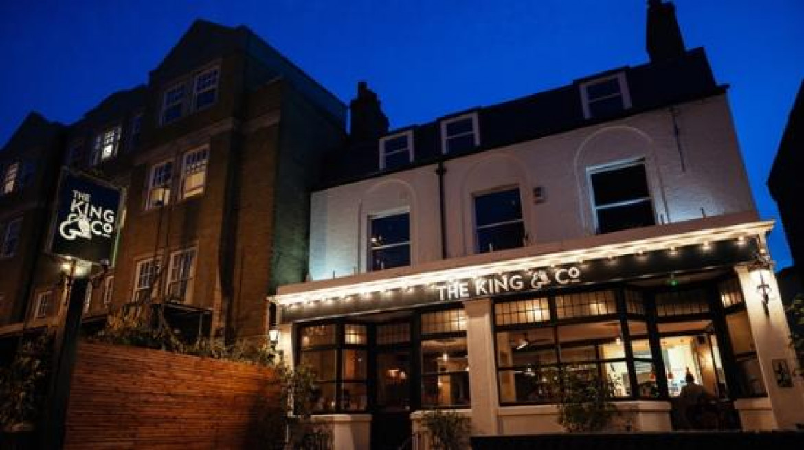 king and co pub