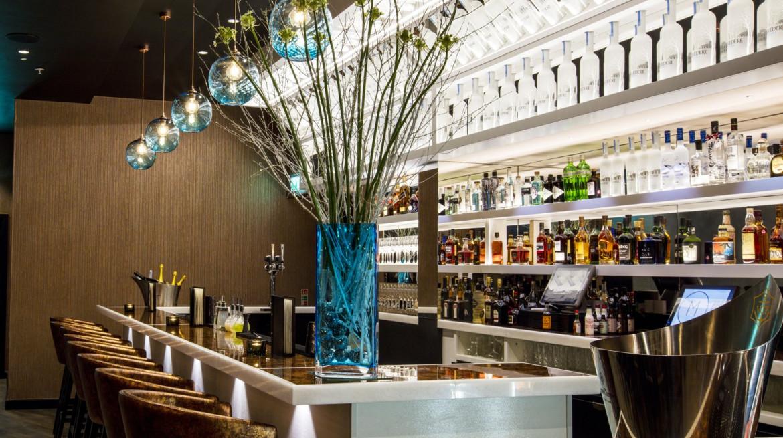 bar at m victoria