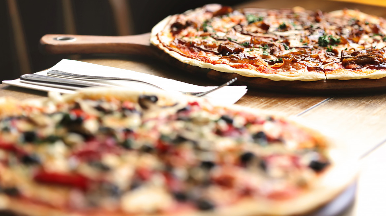 2 Pizza
