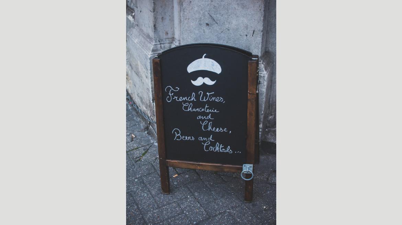 Guinguette+sign