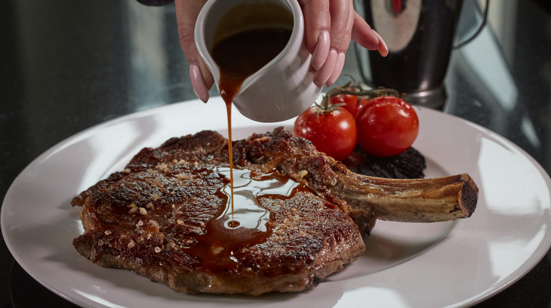 180314 FoodDrink ManhattanGrill 106
