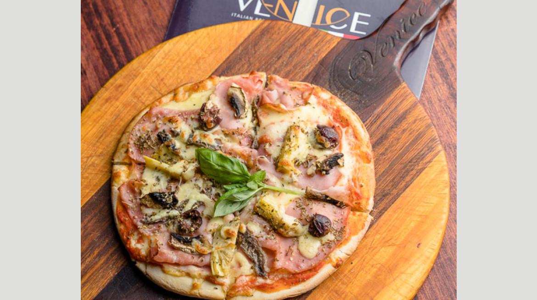 venice Italian Restaurant Capricciosa pizza 550 2