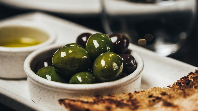 Cookes Restaurant Olives Slider 1030x465