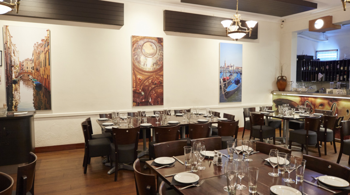 Nicola's Ristorante: 50% off the first table of the night