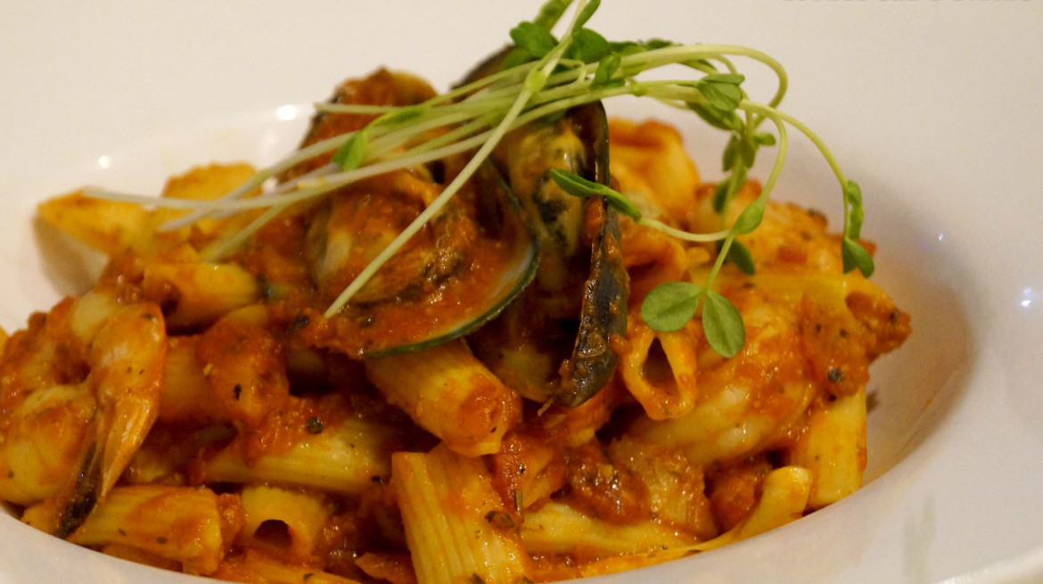 Seafood pasta Central 1