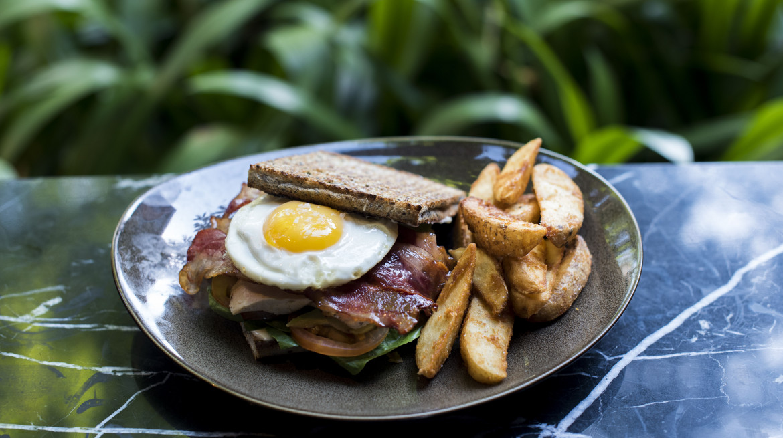 club sandwich 2y
