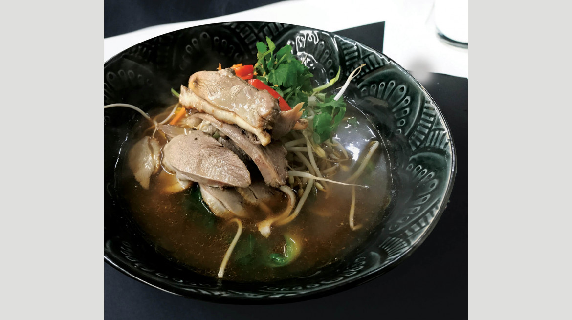foodiesfeed.com extremely hot thai soup 3