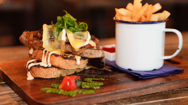 the bog steak sandwich correct