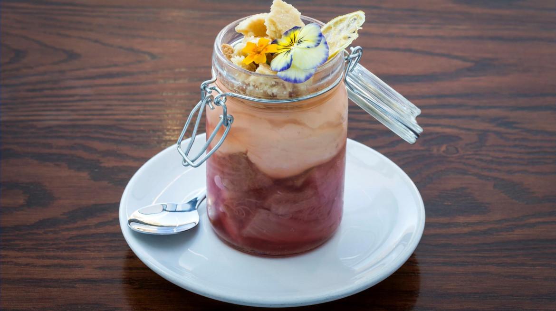 craythornes rhubarb desset