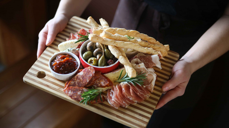 comida nelson first table nz restaurant