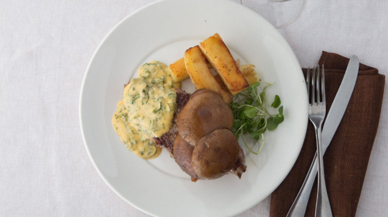 comida nelson steak mushrooms first table nz