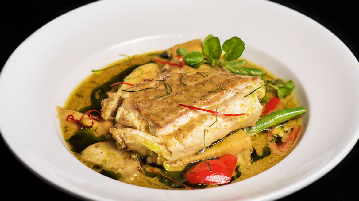 spice paragon green curry with fish